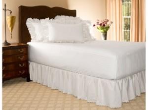 white-eyelet-ruffled-bed-skirt