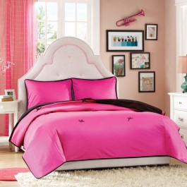 Hampton Hill Glamour Girls Coverlet Set